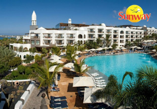 7 night stay at the 5*plus Princesa Yaiza Hotel
