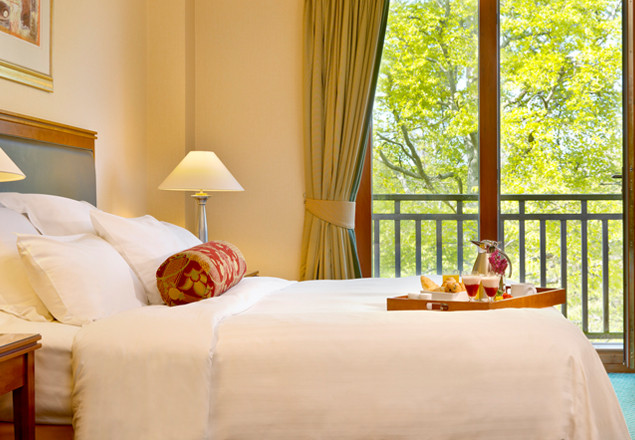 Luxury overnight stay at Druids Glen Resort