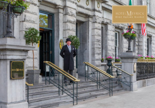 Hotel Meyrick 2 night stay in suite €299