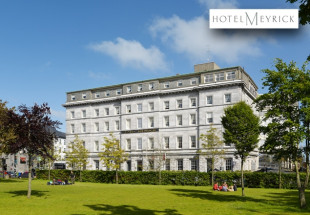 Overnight stay for two people in Hotel Meyrick